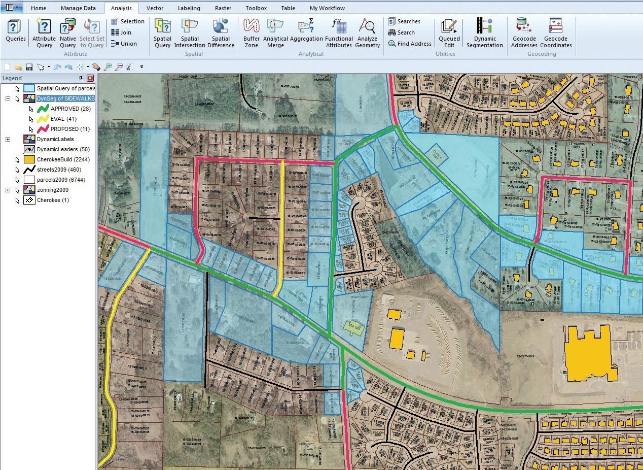 GeoMedia Hexagon em aplicação para Planejamento Territorial