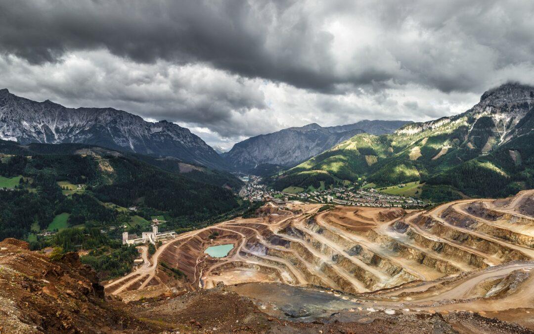 Topografia por satélite aplicada à mineração: Porque é a metodologia tecnicamente e economicamente mais viável?